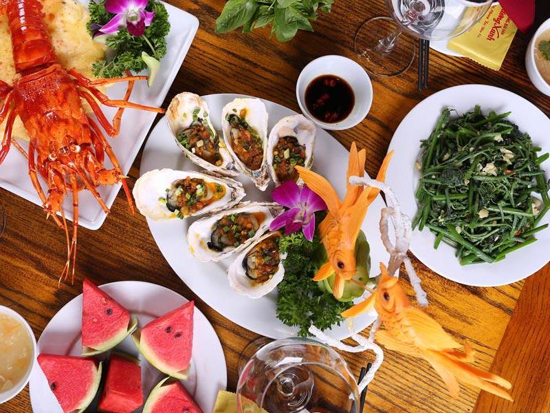 Thực đơn nhà hàng Phố Hải Sản: Hải sản tươi sống và hơn thế nữa